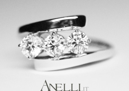 Anello Trilogy 0,90 carati G-VS1