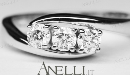 Anello Trilogy Diamanti 0,60 carati D-IF