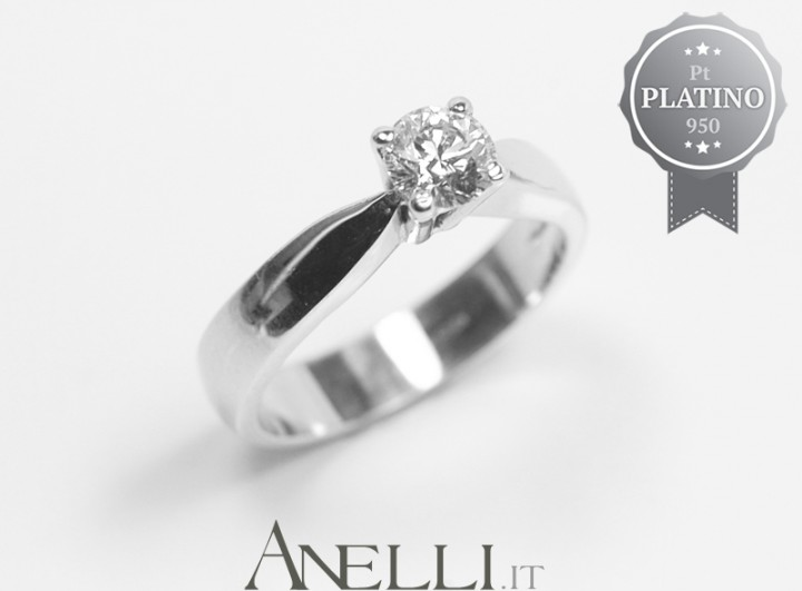 Anello in Platino con Diamante 0.40 carati D-IF