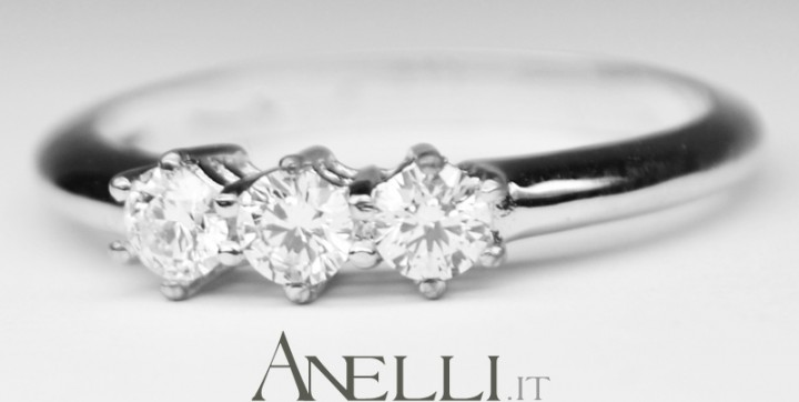Anello Trilogy Diamanti 0,36 carati D-VVS1