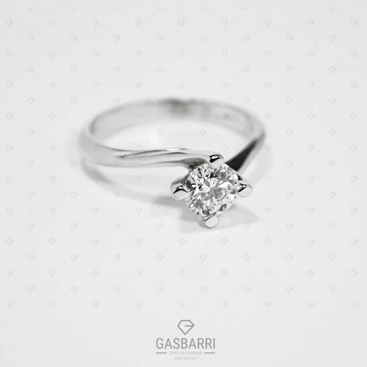 Solitario in Oro con Diamante 0.60 ct D-IF