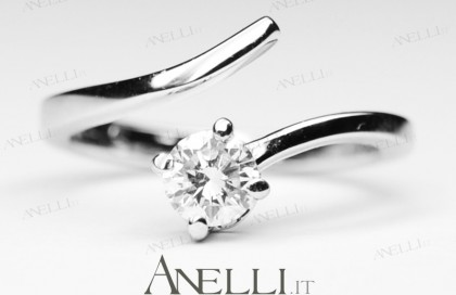 Anello con Diamante 0.40 ct colore D purezza VS1