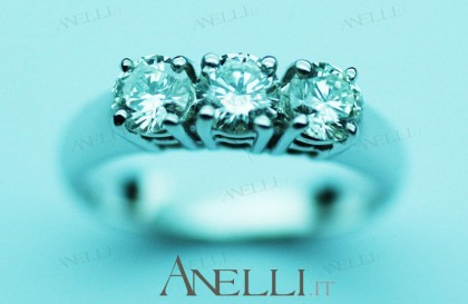 Anello trilogy 0,75 carati Diamanti colore F