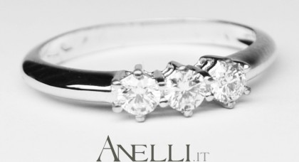 Anello Trilogy 0.36 ct E-IF